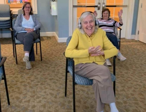 Top Ways to Keep Residents Safely Engaged Using Small Group Programming
