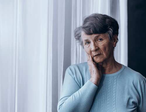 5 Ways to Relieve Isolation for Seniors During the Holidays